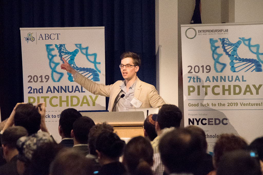 2019 Pitch Day1475-60