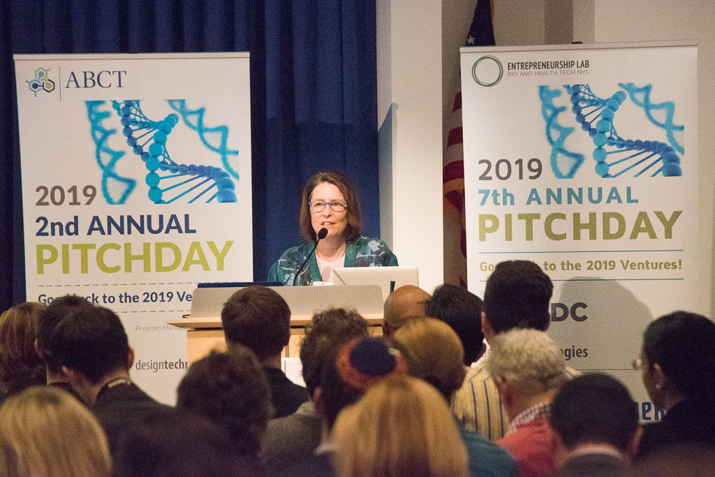 2019 Pitch Day229-10